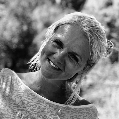 Image shows - Jennifer Snel, landlady of The Black Horse pub.